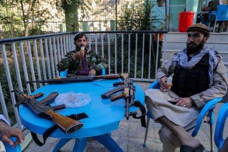 Talibanii au inlocuit <span style='background:#EDF514'>MINISTERUL</span> Femeilor cu <span style='background:#EDF514'>MINISTERUL</span> Promovarii Virtutii si Preventiei Viciului, cunoscut pentru executii publice