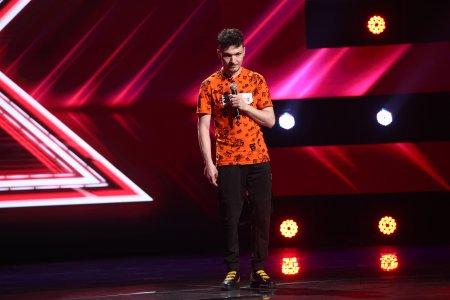 X Factor 2021, 17 septembrie. Andrei Calancea a adus un omagiu tatalui sau si apoi a uimit cu piesa Je suis le m�Sme a lui Garou