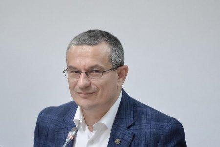 Presedintele CNCD: Certificatul verde poate ridica anumite probleme de discriminare
