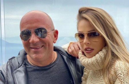 Roxana Nemes s-a casatorit civil cu Calin Hagima. Primele <span style='background:#EDF514'>IMAGINI</span> de la eveniment