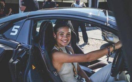 Emma Raducanu, innebunita dupa motoare. A participat la <span style='background:#EDF514'>MOTOCROSS</span> si s-a dat cu kartul