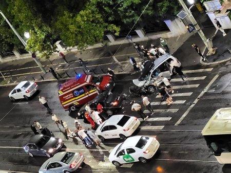 Accident pe Șoseaua Oltenitei din Capitala, doua masini avariate grav (Foto)