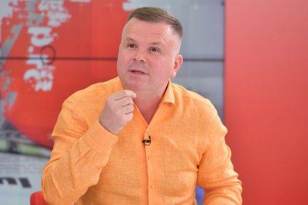 Intrebarea care l-a enervat pe Vasile Șiman: Am avut propuneri de la domni si domnitori care se dau mironosite, se dau domnisoare de onoare