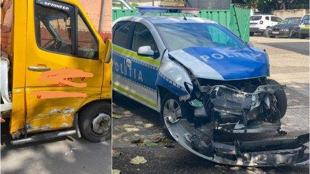 Masina de Politie, implicata intr-un accident la <span style='background:#EDF514'>RAMNICU SARAT</span>. Șoferul a fost amendat