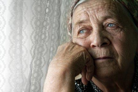 Umilinta crunta pentru cei cu pensii mici. Pensionarii, la limita saraciei