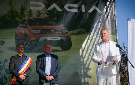 Klaus Iohannis: Golful, un sport deloc exclusivist. Incurajez pe cat mai multi sa descopere acest frumos sport