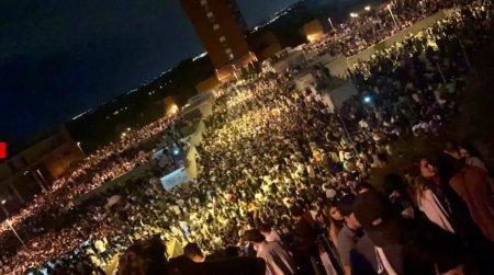 Petrecere cu peste 25.000 de tineri la Madrid, la inceputul noului an universitar. Politia nu a reusit sa disperseze multimea