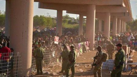 SUA incep sa-i trimita in tarile de origine pe migrantii care s-au refugiat sub un pod la granita cu Mexic. Majoritatea sunt haitieni