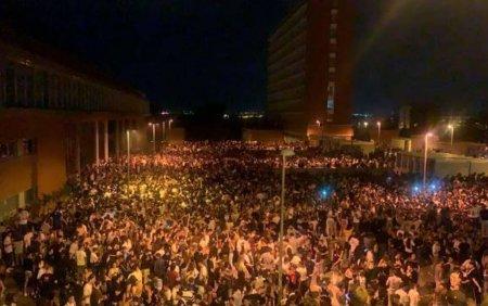 Petrecere in aer liber cu 25.000 de persoane la Madrid. Politia recunoaste ca a fost depasita de situatie