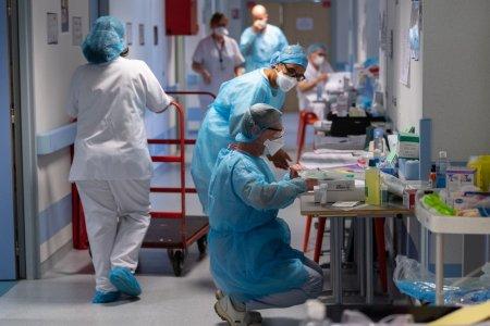 GCS: 849 de pacienti cu COVID-19 sunt la terapie intensiva. Numarul total de persoane internate este de aproape 7.400