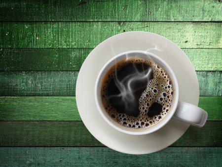 Sfatul unui medic: Cafeaua nu trebuie consumata prima data dimineata. Care este motivul