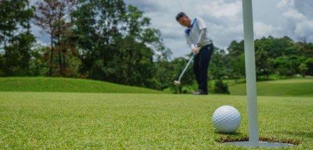 Replica Ambasadei Suediei la Bucuresti dupa ce presedintele Iohannis a indemnat la practicarea golfului VIDEO