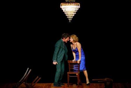 Teatrul National Radu Stanca <span style='background:#EDF514'>SIBIU</span>, la Reuniunea Teatrelor Nationale Romanesti, cu Felii si Cui i-e frica de Virginia Woolf?