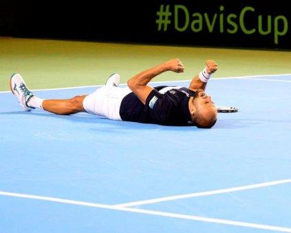 Cupa <span style='background:#EDF514'>DAVIS</span>. Romania - Portugalia 3-1. Marius Copil invinge in doua seturi pe Joao Sousa si obtine calificarea