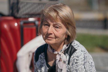 Asia Express 2021, 19 septembrie 2021. Mama Alexandrei Ungureanu este cea mai rasfatata <span style='background:#EDF514'>CONCURENTA</span> de pe Drumul Imparatilor