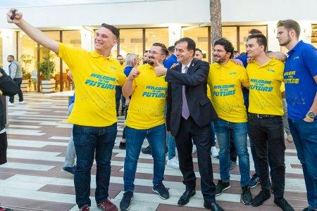 Orban la Școala de vara a TNL: Tinerii l-au asteptat pe Florin Citu, dar acesta nu a venit
