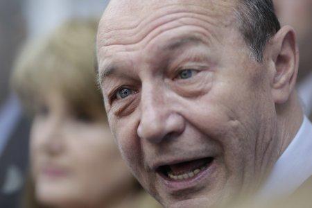 """Lovitura cumplita pentru Traian Basescu: """"I-au macelarit familia!"""" Dezvaluirea facuta de Liviu Dragnea"""