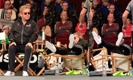 Elton John: Am cazut, intr-un mod straniu, pe o suprafata tare