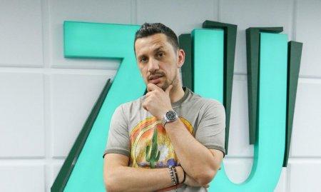 Flick Domnul Rima ia o pauza de la radio  pentru a se dedica exclusiv proiectelor sale personale