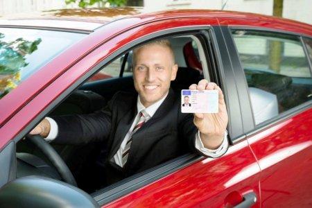 10 sfaturi pentru examenul de permis auto. Cum poti lua permisul din prima incercare