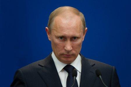 Breaking <span style='background:#EDF514'>NEWS</span>! Atac armat in Rusia. Oameni impuscati chiar in ziua alegerilor. Putin e socat VIDEO