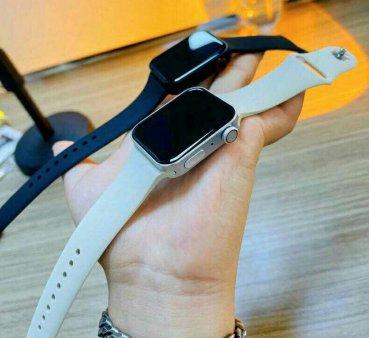 Apple Watch-ul cu margini drepte ar putea fi lansat abia in 2022