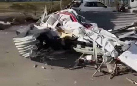 O tornada a facut ravagii in Italia. Șapte <span style='background:#EDF514'>AVIOANE</span> au fost distruse. VIDEO