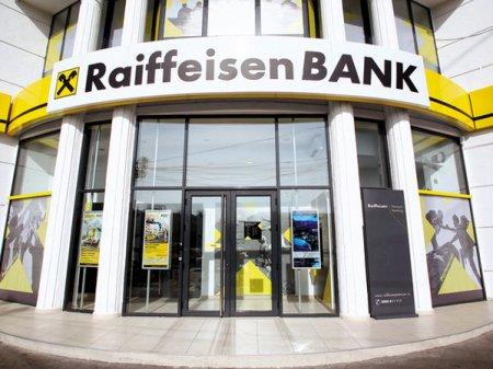 Raiffeisen Bank lanseaza Creditul BIO pentru fermierii care au culture <span style='background:#EDF514'>ECOLOGICE</span>, cu dobanda mai redusa si perioada de rambursare extinsa