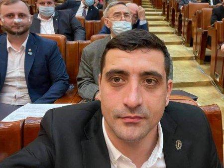SIMION: 'Institutiile abilitate din statul roman trebuie sa cerceteze daca Serviciile pun guvern'