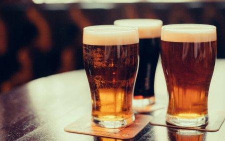 OMS recomanda o crestere a taxelor fiscale la alcool in Europa, in lupta impotriva cancerului