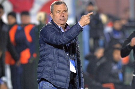 Prima reactie a lui Rednic despre revenirea in Ștefan cel Mare: E un risc pentru imaginea mea. Daca nu era vorba de Dinamo, nu sta<span style='background:#EDF514'>TEAM</span> la discutii!