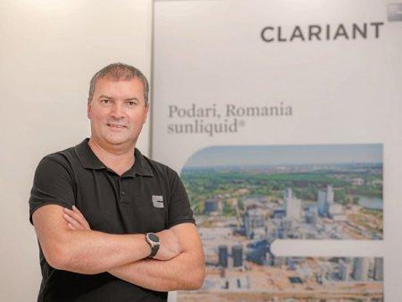Dragos Gavriluta, director de proiect al fabricii Clariant Romania: Ne mentinem obiectivul de a demara productia pana la finalul anului. Echipa are 70 de angajati. Elvetienii de la Clariant construiesc la Podari, langa Craiova, o fabrica de bioetanol, un combustibil realizat din procesarea paielor, dupa o investitie de 140 milioane euro