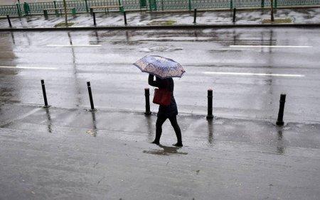 Vremea se schimba radical. Temperatura scape cu 10 grade in Bucuresti, iar la munte este posbil sa ninga