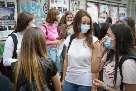 Campania de vaccinare din scoli a fost blocata! Sorin Cimpeanu avertizeaza. Care e problema
