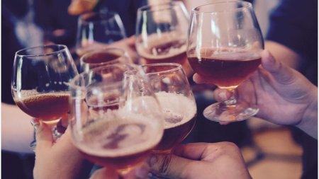 OMS recomanda dublarea taxelor pe alcool in Europa, pentru a preveni cancerul