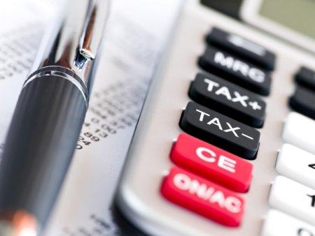 Falimentul City Insurance. Brokerii de asigurari ofera consultanta romanilor afectati