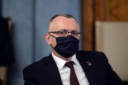 Pressone: Ministrul educatiei a modificat statului Agentiei Universitare a Francofoniei ca sa poata candida pentru un nou mandat