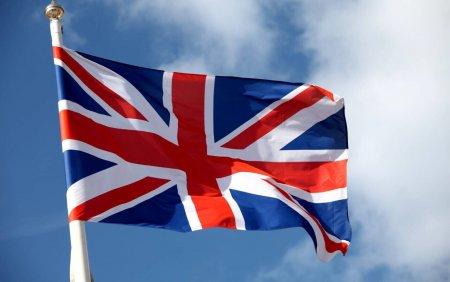 Marea Britaie a dezvaluit numele a sute de <span style='background:#EDF514'>COLABORATORI</span> afgani punandu-le viata in pericol
