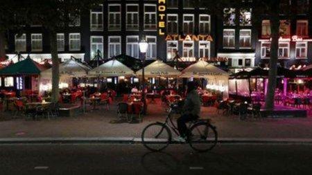 Olanda: Clientii localurilor pot merge la toaleta doar cu certificatul Covid in mana