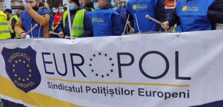 Bataie cu crose in traficul din Bucuresti, la scurt timp dupa declaratia presedintelui despre golf: S-a jucat la sange VIDEO