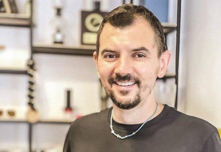 Afaceri de la zero. Bogdan Georgescu a renuntat la IT si a deschis Mabo Coffee, o prajitorie de cafea cu sapte angajati, livrari in Europa, Asia si Orientul Mijlociu si cu ambitia de a dubla productia