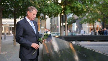 Klaus Iohannis a depus flori la <span style='background:#EDF514'>MEMORIA</span>lul victimelor atentatelor teroriste din 11 septembrie, la New York