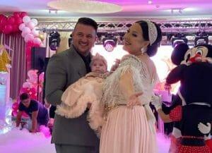 Angela Rusu a bagat 25.000 euro in petrecerea de botez a fiicei sale. Și-a revenit dupa ce i-a ars in intregime salonul de evenimente