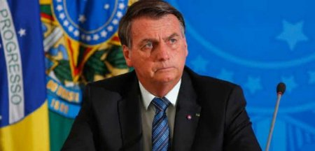 Presedintele <span style='background:#EDF514'>BRAZIL</span>ian Jair Bolsonaro, nevoit sa manance pe strada la New York pentru ca nu este vaccinat. Daca nu vrei sa te vaccinezi, nu te obosi sa vii aici