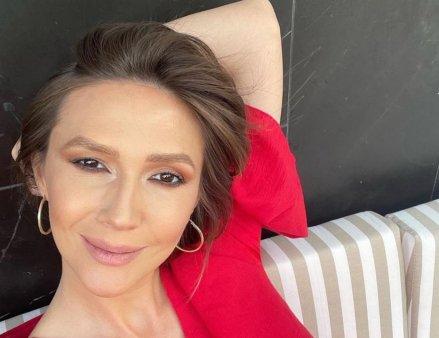 Adela Popescu s-a intors la Vorbeste lumea, dupa ce s-a vindecat de COVID-19. Ce surpriza i-au pregatit colegii