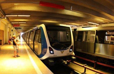 Probleme la metrou din cauza curentului electric. Metrorex: S-a dispus circulatia trenurilor fara oprire pentru Eroii Revolutiei