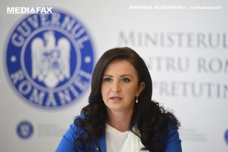 Natalia Intotero, presedintele Comisiei de <span style='background:#EDF514'>INVATAMANT</span> din Camera Deputatilor: Elevii trebuie sa ramana in banci