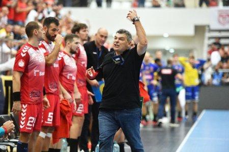 Xavi Pascual si 3 jucatori de la Dinamo, pozitivi la testul COVID-19, rateaza duelul de foc cu PSG