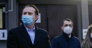 Citu se rafuieste cu Vlad Voiculescu: A semnat pentru 9 milioane de doze dintr-un vaccin care nu a fost aprobat