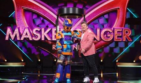 Cine este Robotul de la Masked Singer Romania sezonul 2: Una dintre partenere m-a adus la sapa de lemn